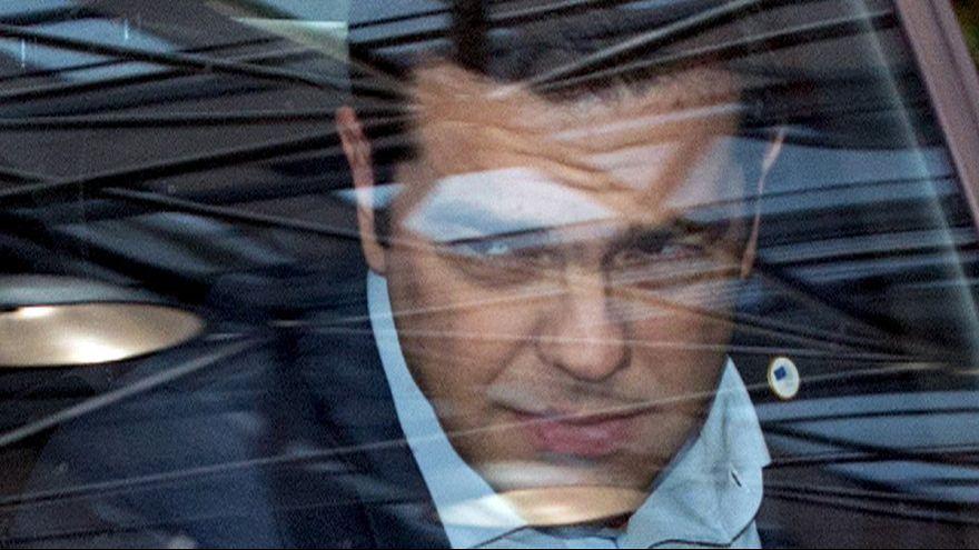 Grécia: Problema com maioria governamental