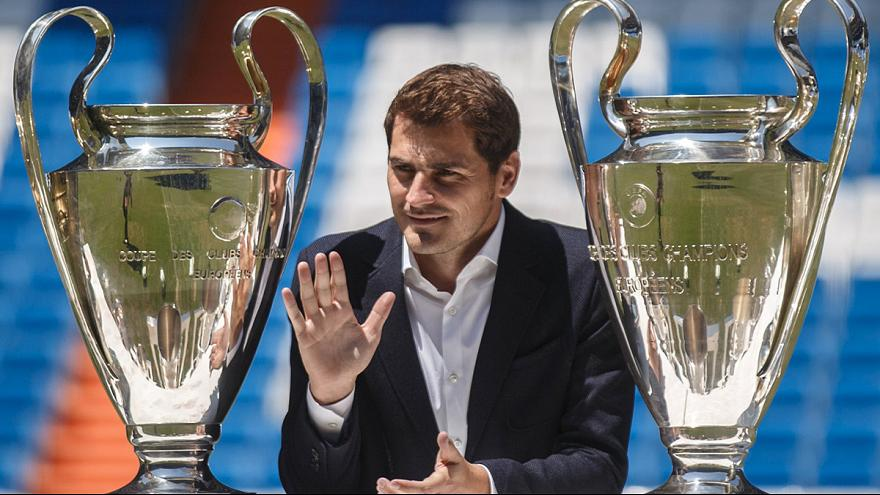 Real fans urge president Perez to quit over Casillas exit