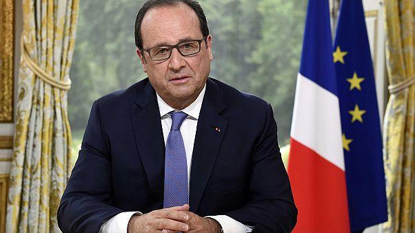 Ολάντ για Ελλάδα: «Οι μεταρρυθμίσεις είναι σκληρές γιατί δεν είχαν υλοποιηθεί στο παρελθόν»