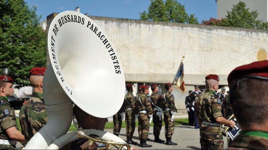 Magyar hagyomány a párizsi felvonuláson
