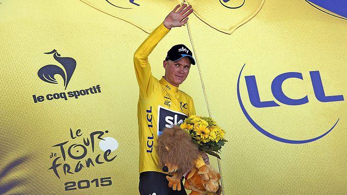 Tour de France: Froome vola sui Pirenei, Nibali perde oltre 4 minuti