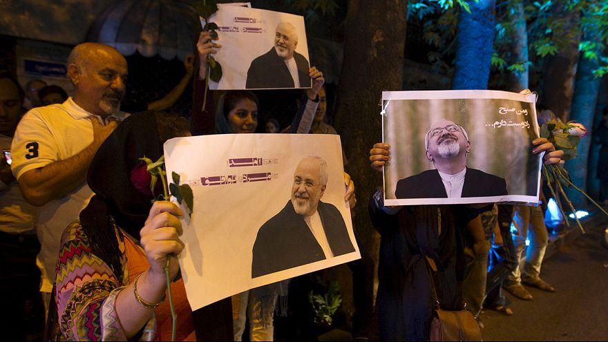 El equipo negociador iraní, recibido con honores en Teherán tras el acuerdo con el Grupo 5+1