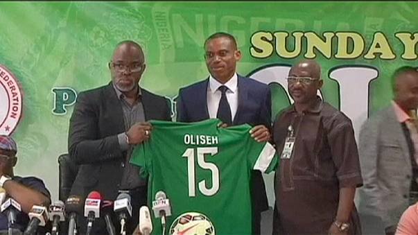 Nigerias Nationalspieler hören ab sofort auf Sunday Oliseh