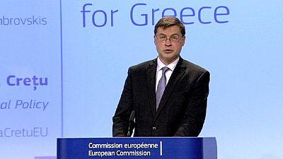 Bruselas propone un crédito urgente de 7.000 millones euros para Grecia