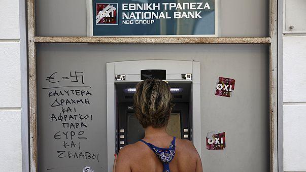 Yunanistan'ı kurtaracak anlaşma: Daha yüksek vergi, daha düşük maaş