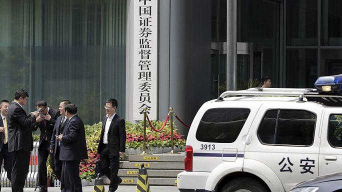 Tiltott videót néztek Kínában, őrizetbe vették őket