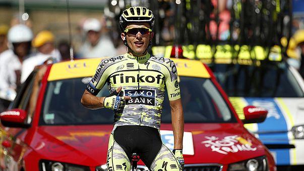 Majka conquista etapa do Tourmalet, Rui Costa desiste