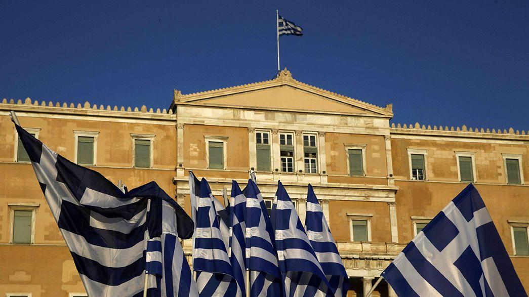 """Grécia: Reestruturação da dívida divide """"Troika"""""""