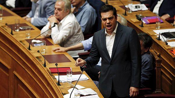 Греция: вопреки собственной программе и при поддержке оппозиции