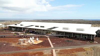 Galapagos: sun and wind power world's 1st 'green' airport