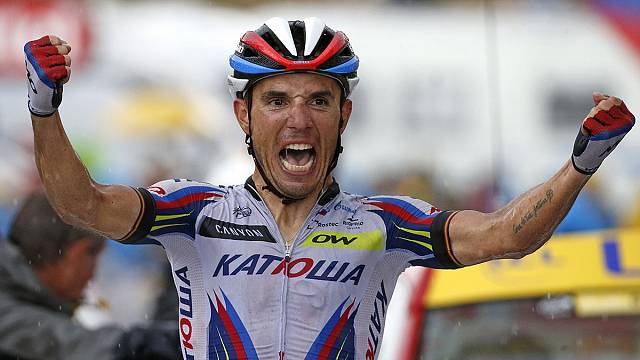 Tour de France: Rodriguez winning in the rain