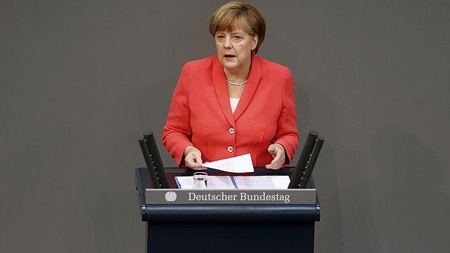 Merkel tárgyalhat a görög mentőcsomagról
