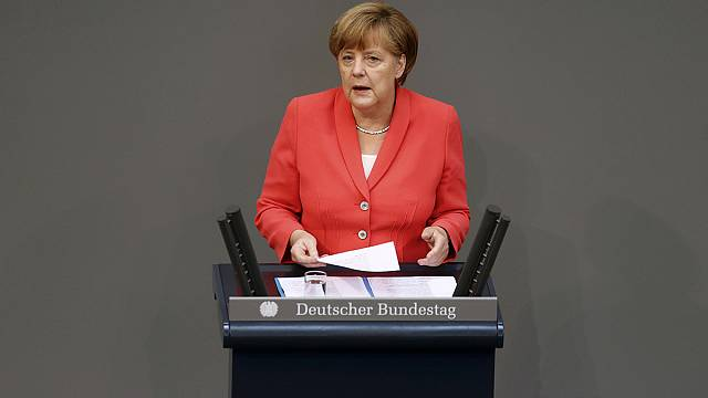 Almanya Yunanistan'ın 86 milyar Euro'luk kurtarma paketini onayladı
