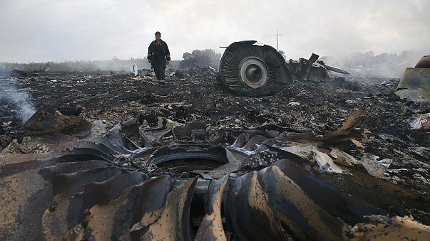MH17 : видео с места крушения