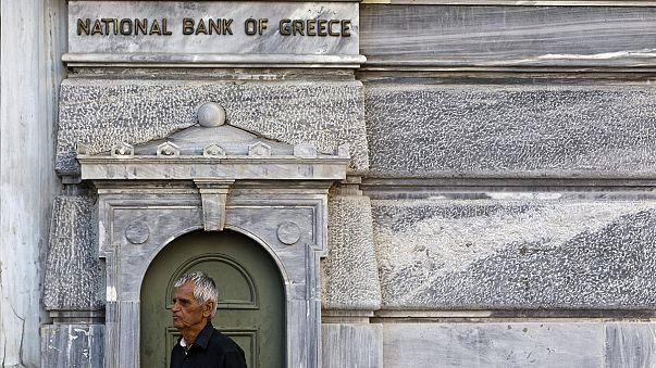 Ради помощи Евросоюза грекам придётся потерпеть ещё