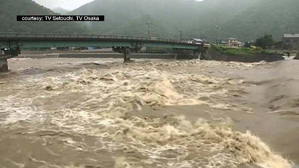 Japonya: Nangka tayfunu 2 can aldı