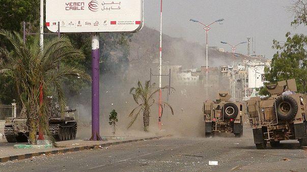 Visszafoglalták Ádent a jemeni kormányerők