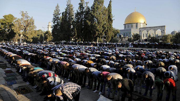 A közösséget kovácsolják össze a muzulmán böjt utáni lakomák