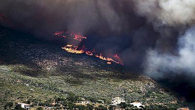 Violentos incêndios na Grécia