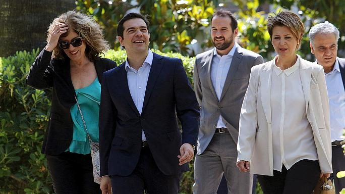 New Greek ministers sworn in after Tsipras reshuffle