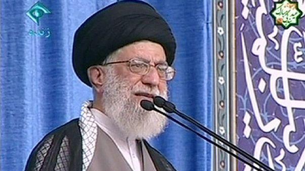 """Iran,Khamenei attacca gli Stati Uniti.""""L'accordo sul nucleare non ci piegherà"""""""