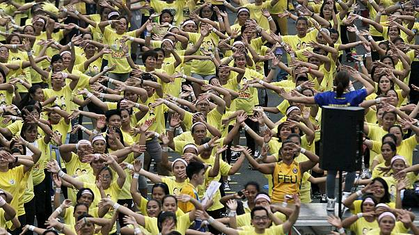 Zumba fever as Manila breaks world record