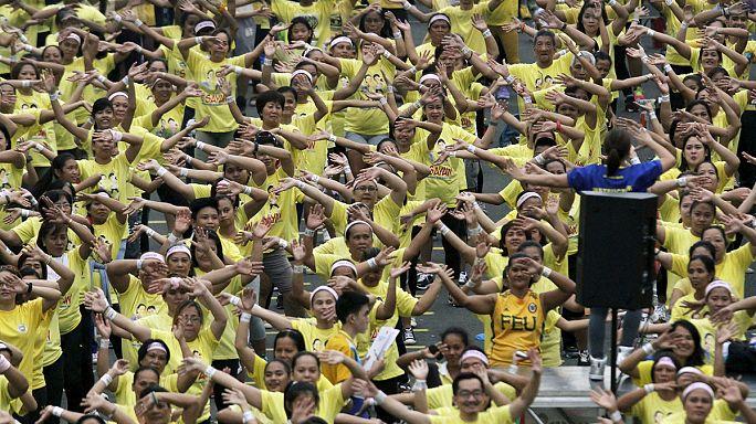 فیلیپینی ها رکورد رقص زومبا را شکستند