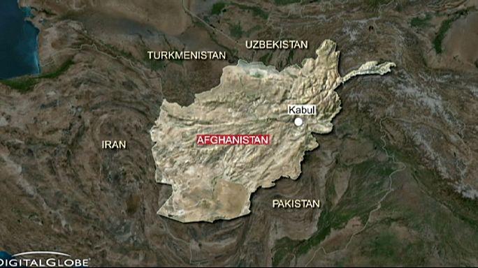 ABD ordusu yanlışlıkla Afgan askeri üssünü bombaladı