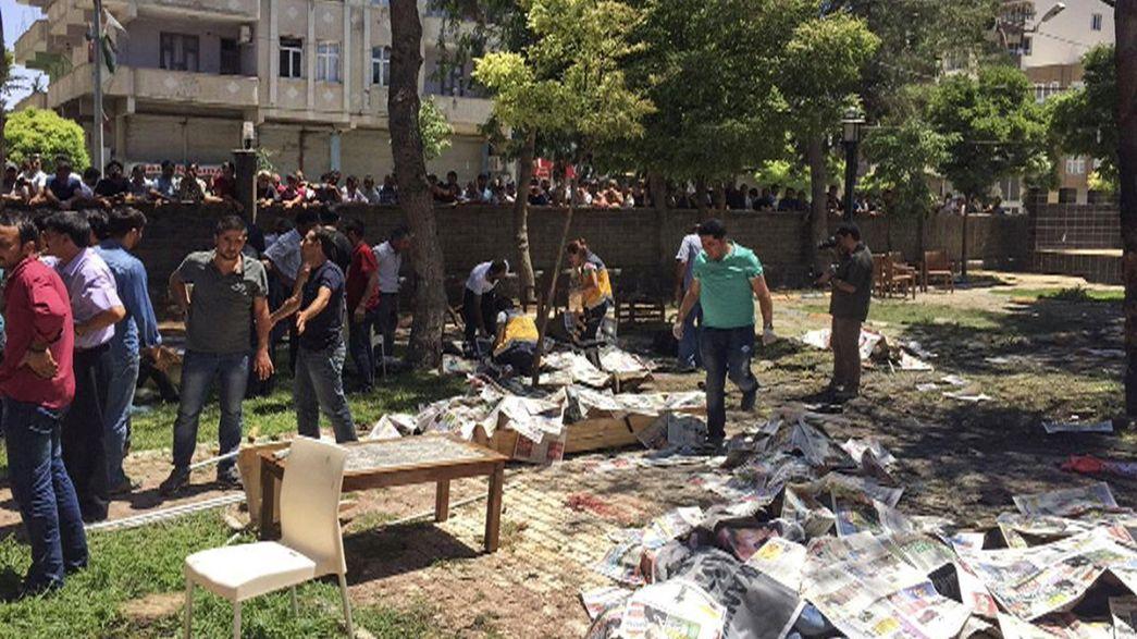 Dozens killed in Turkish-Syrian border town blasts
