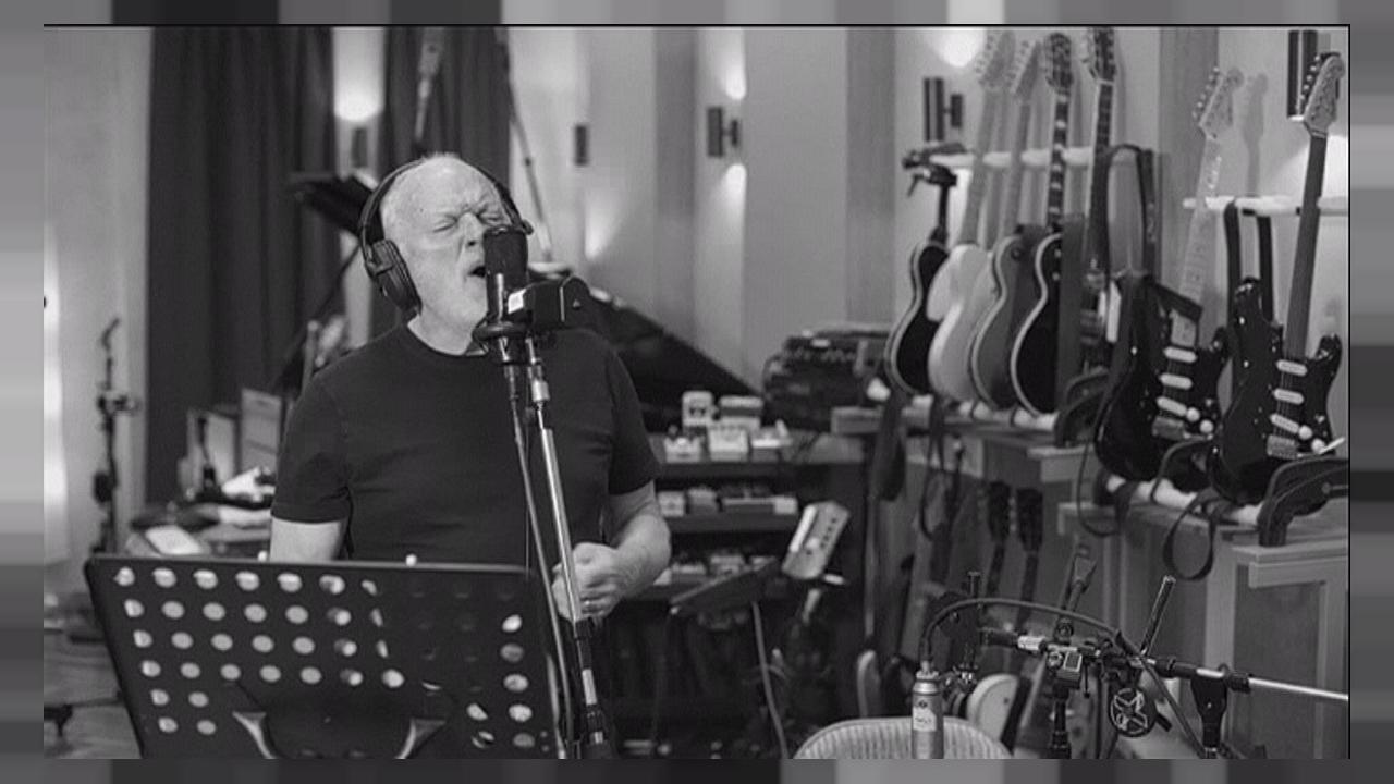 "David Gilmour presenta su nuevo sencillo, ""Rattle That Lock"""