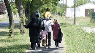 Menekültek között - tudósítás a Nyugati térről