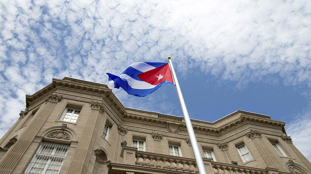 Symbolique, le drapeau cubain flotte dans le ciel de Washington