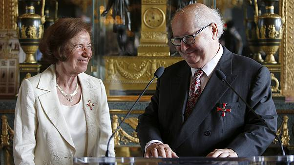 Husband and wife Nazi hunters offered Germany's highest award
