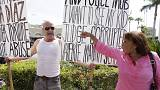 Tüntetés a kubai nagykövetség előtt Washingtonban