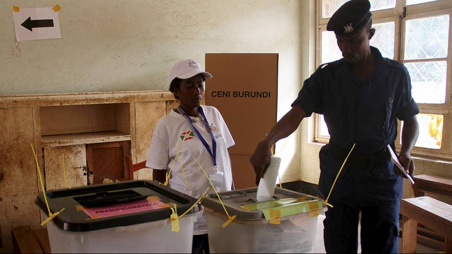 Burundi: President seeks third term in highly charged vote