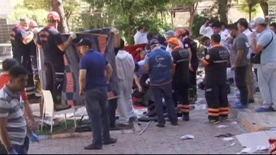 """Bomba de Suruç foi """"estreia"""" do EI na Turquia"""