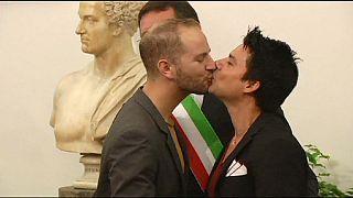 Strasbourg: az olasz állam ismerje el az azonos nemű párok kapcsolatát!