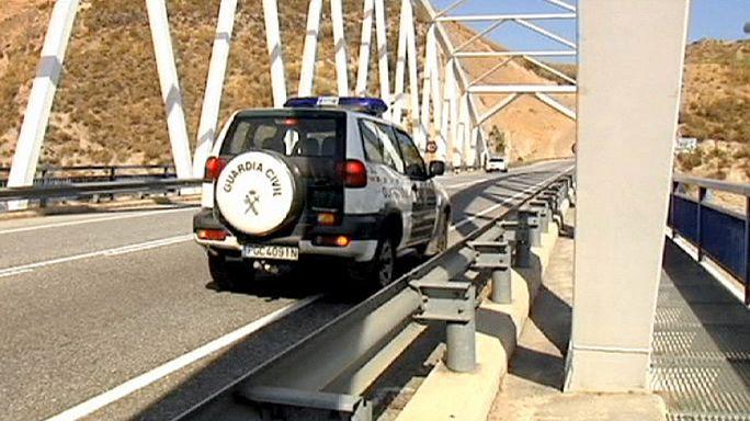 Испания: английская туристка разбилась, прыгнув с моста на резинке