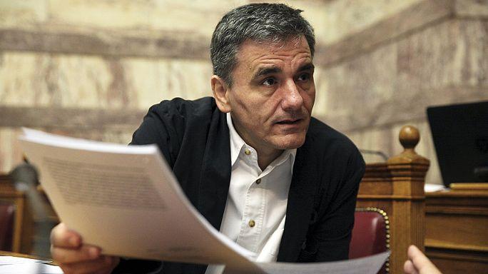 Grèce : examen du deuxième train de réformes avant un vote ce soir au parlement