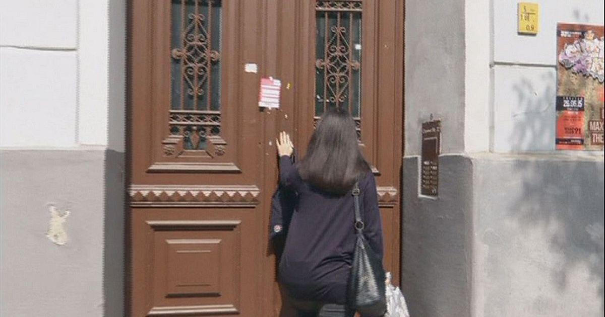 Hands Free Fob Replaces Front Door Keys Euronews Hi Tech