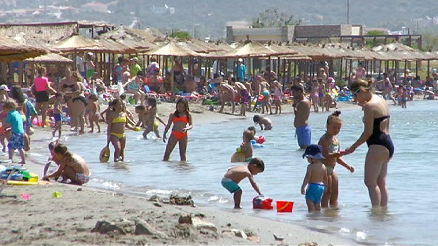 Os gregos reduzem as férias