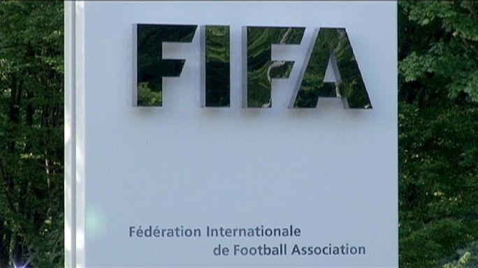 Lemke défend le président démissionnaire de la FIFA Sepp Blatter