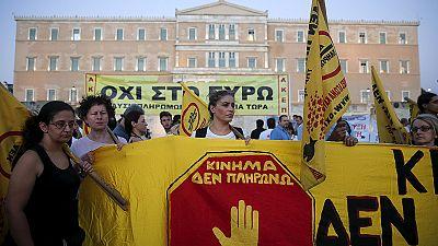 Grécia: Protestos em frente ao Parlamento