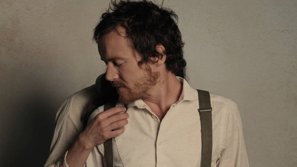 Quiet 'Cannonball' - Damien Rice overwhelms Lyon crowd