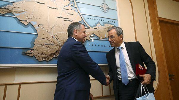Parlamentari francesi in visita in Crimea. Condanna di Parigi e Kiev