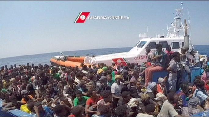 غرق نحو 40 مهاجرا قبالة السواحل الليبية