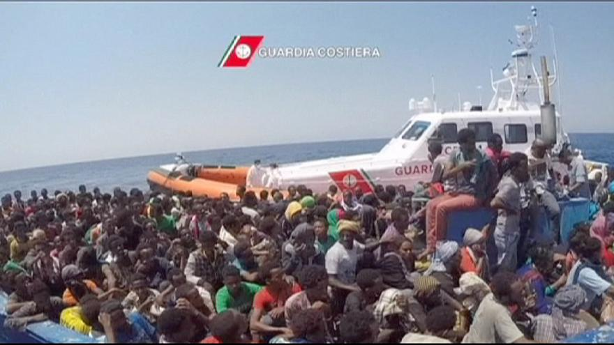Afrikalı göçmenler ölümcül umut yolculuğundan vazgeçmiyor