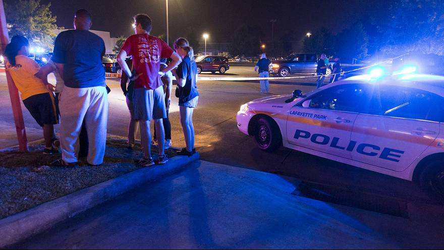 США: стрельба в кинотеатре Луизианы, 2 погибших