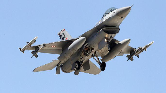 تركيا تقصف مواقع لداعش في سوريا