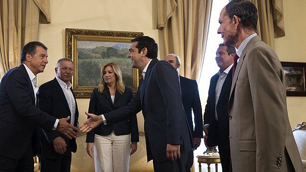 اليونان :أليكسيس تسيبراس يلتقي بالاحزاب السياسية بمقر الرئاسة